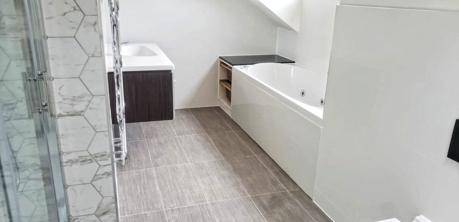 home renovation bathroom builders Barnet Borehamwood Bushey Camden Colindale Edgware Enfield Finchley Golders Green Hampstead Hemel Hempstead Hendon Hertfordshire Islington Kensington Mill Hill Potters Bar Radlett Reading St Albans Stoke Newington Swiss Cottage Watford Wembley